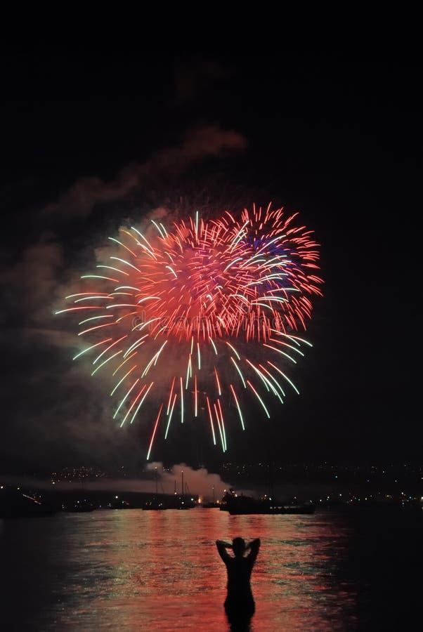 Fuochi d'artificio con il carattere fotografie stock libere da diritti