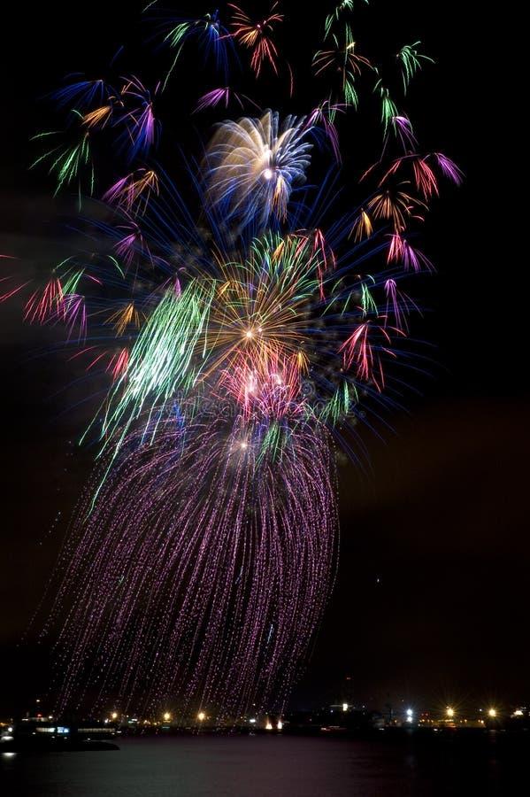 Fuochi d'artificio del danzatore di Hula fotografia stock libera da diritti