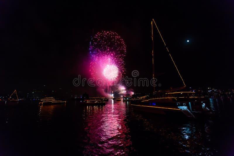 Fuochi d'artificio dell'EVE 2015 di Sydney New Year fotografie stock