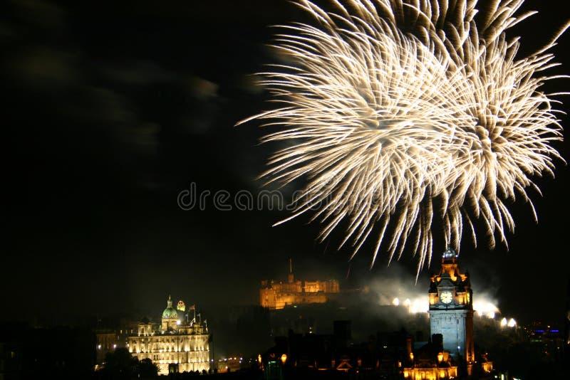 Fuochi d'artificio di festival di Edimburgo immagine stock