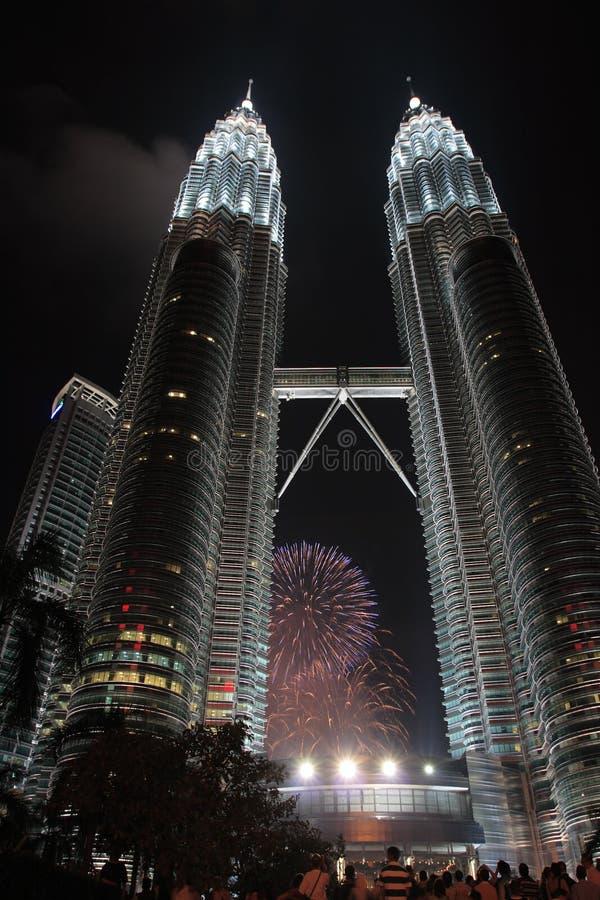 Download Fuochi D'artificio A Petronas Immagine Stock - Immagine di commercio, architettura: 3142161