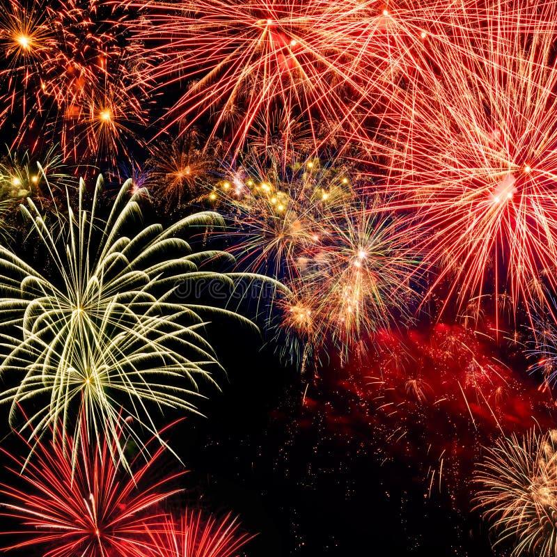 Fuochi d'artificio spettacolari fotografie stock libere da diritti