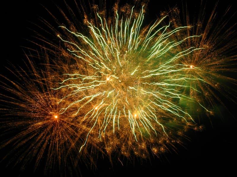 Fuochi d'artificio stupefacenti immagine stock
