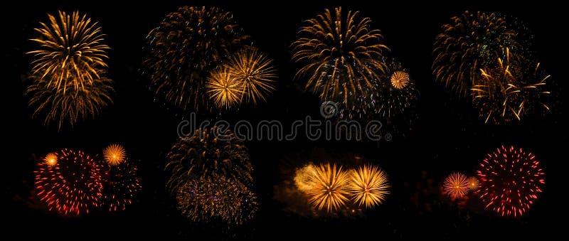 Fuochi d'artificio su un fondo nero isolato fotografia stock libera da diritti