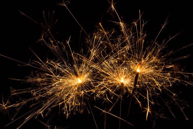 Fuoco d'artificio della stella filante fotografie stock