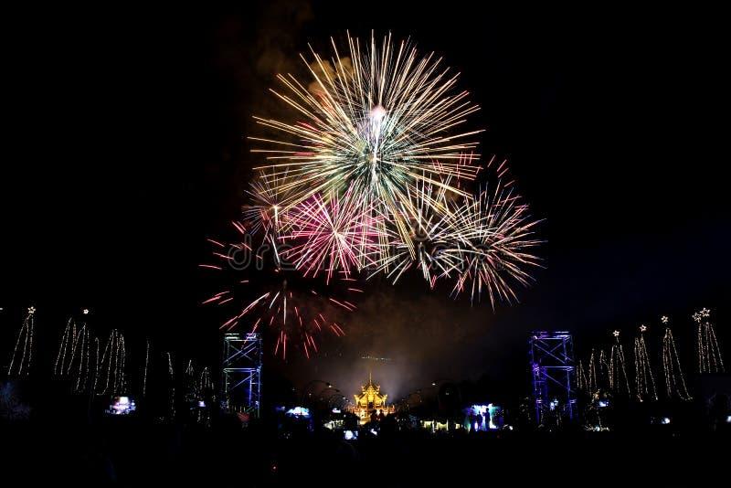 Fuoco d'artificio 2016 di conto alla rovescia immagini stock libere da diritti