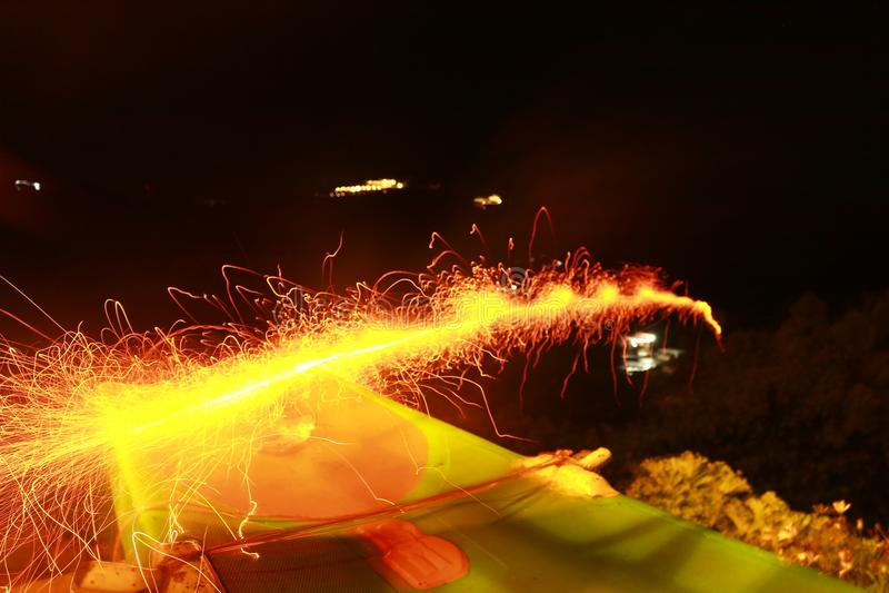 Fuoco d'artificio orizzontale immagini stock