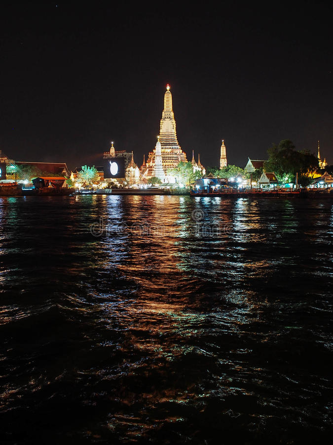 Fuoco d'artificio Tailandia del nuovo anno immagine stock libera da diritti