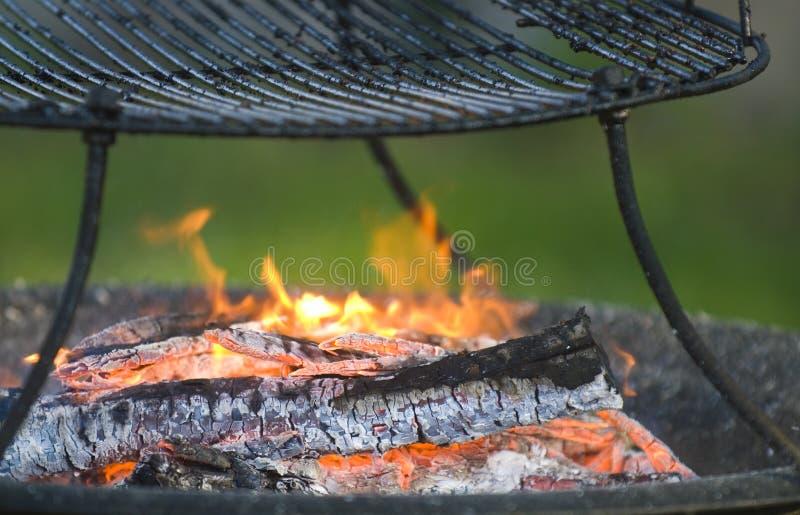 Fuoco del barbecue fotografie stock libere da diritti