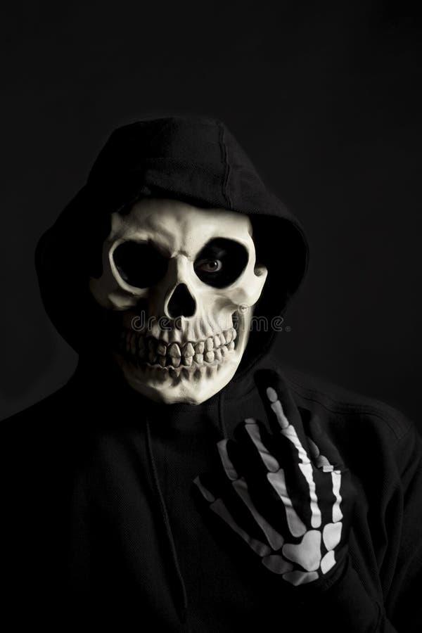 Furchtsames Skelett lizenzfreie stockbilder
