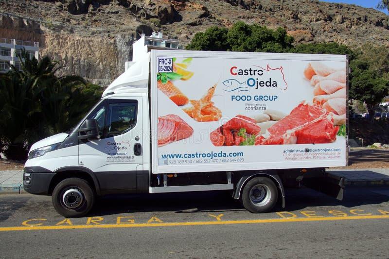 Furgoneta de suministro de servicios de Castro Ojeda Food Group imagen de archivo libre de regalías