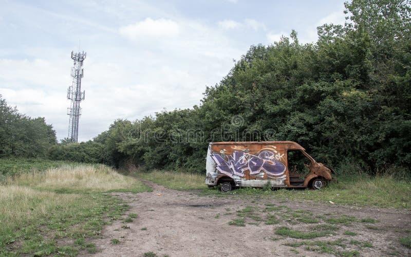 Furgoneta quemada en Birmingham fotos de archivo