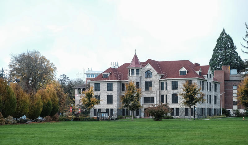Furman Pasillo en la universidad de estado de Oregon imagen de archivo