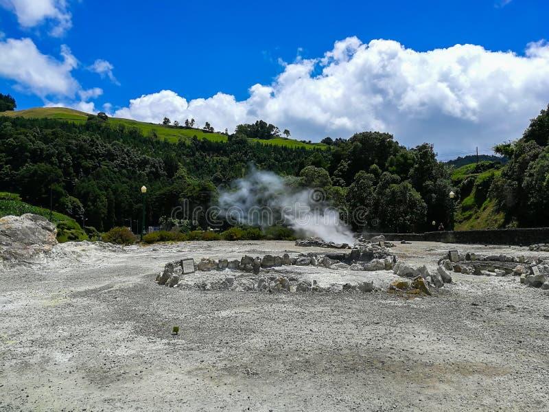 Furnas Fumarolas på Sao Miguel Island i den Azores skärgården royaltyfria bilder
