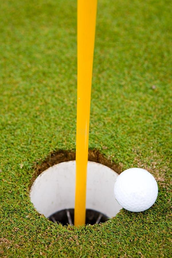 Furo da esfera de golfe imagens de stock