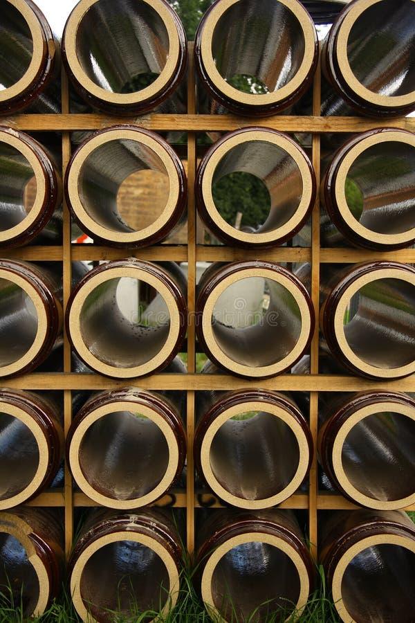 Furos da argila em uma pilha fotos de stock royalty free