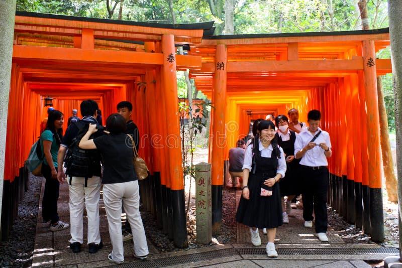 Fushimi Inari寺庙Torii门  库存照片