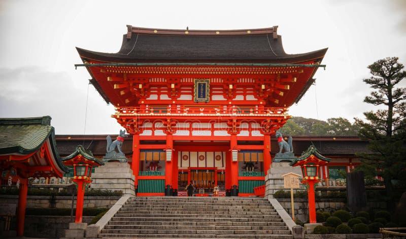 Fushimi Inari Taisha в Киото, Японии стоковая фотография rf