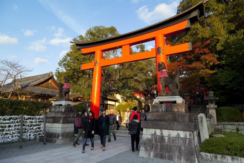 Fushimi Inari Taisha relikskrin arkivbilder