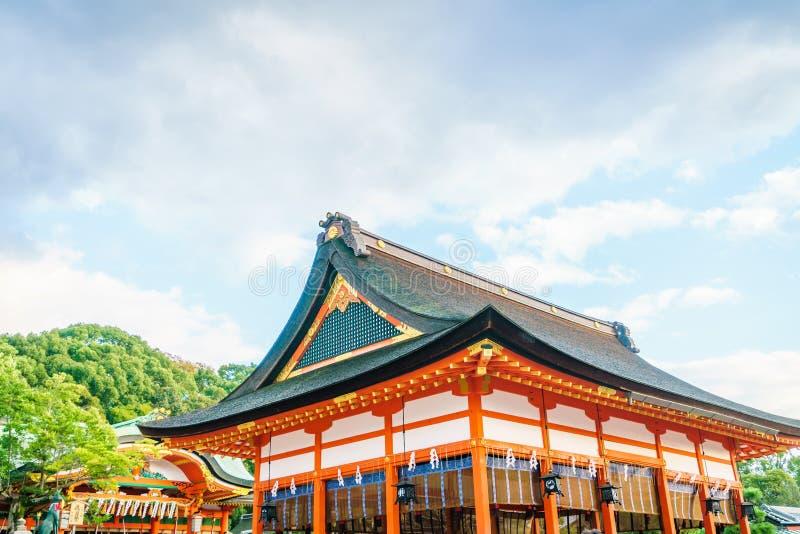 Fushimiinari Taisha ShrineTemple i Kyoto, Japan royaltyfri bild