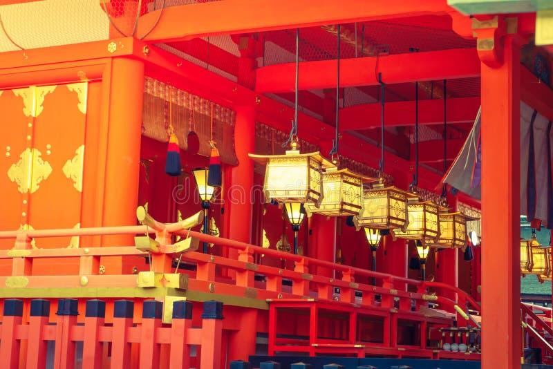 Fushimiinari Taisha ShrineTemple i Kyoto, Japan (filtrerad ima royaltyfri foto