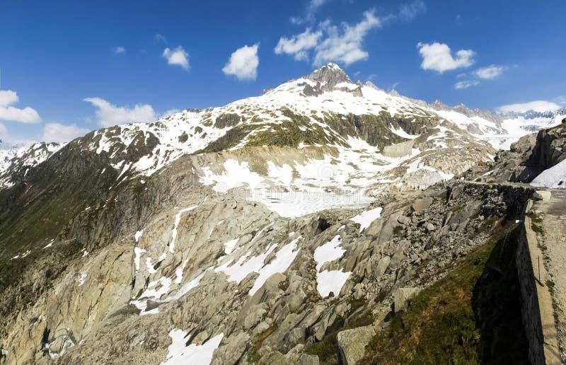 Fusión del glaciar de Rhone fotos de archivo