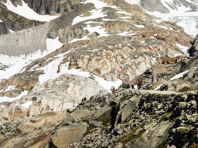 Fusión del glaciar de Rhone imagenes de archivo