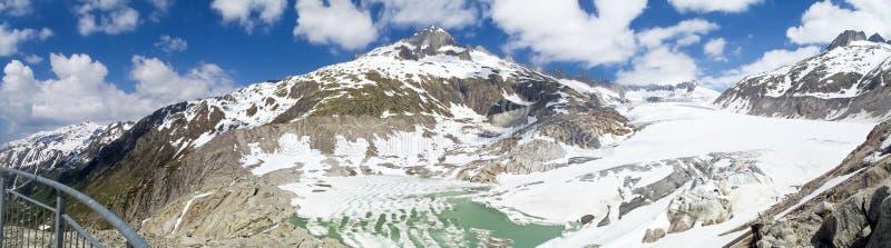 Fusión del glaciar de Rhone imagen de archivo