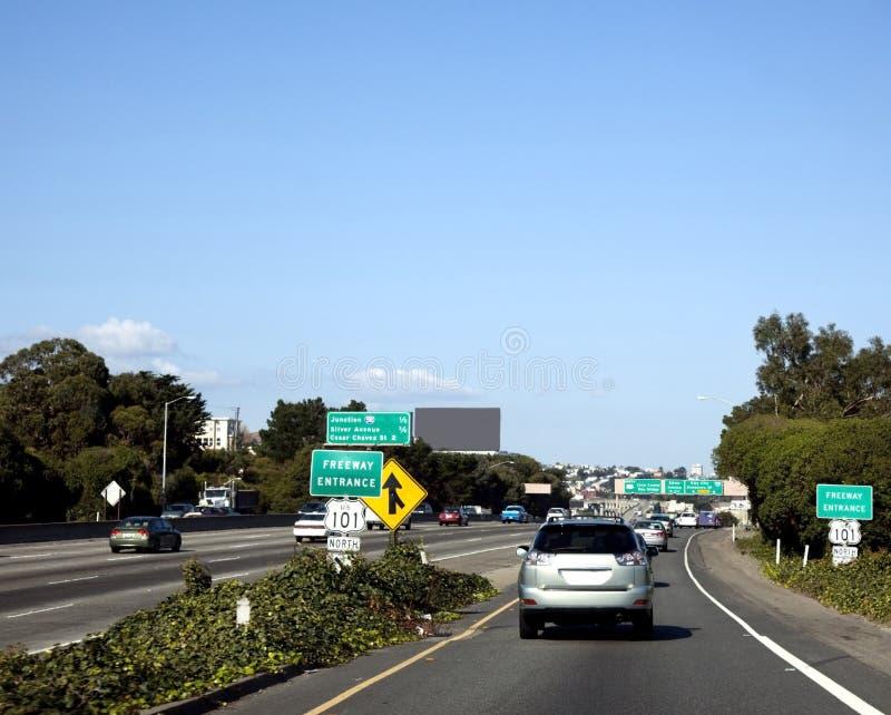 Fusione del traffico dell'autostrada senza pedaggio fotografia stock