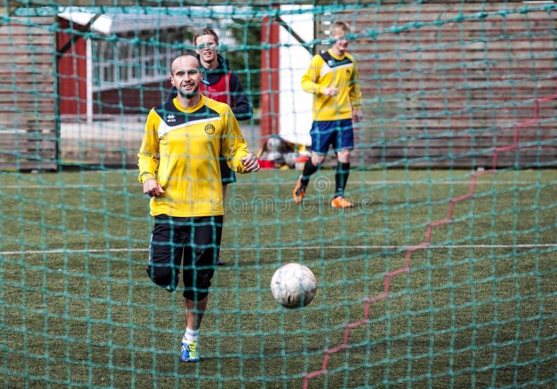 Futbolistas en Seydisfjordur Iceland2 fotos de archivo
