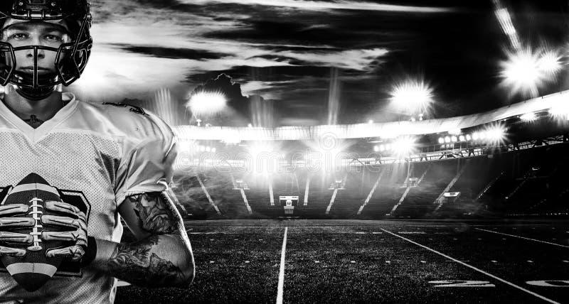 Futbolu amerykańskiego gracz, sportowiec w hełmie na stadium Pekin, china Sport tapeta obrazy royalty free