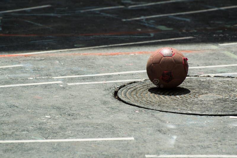 Futebol da rua fotografia de stock royalty free