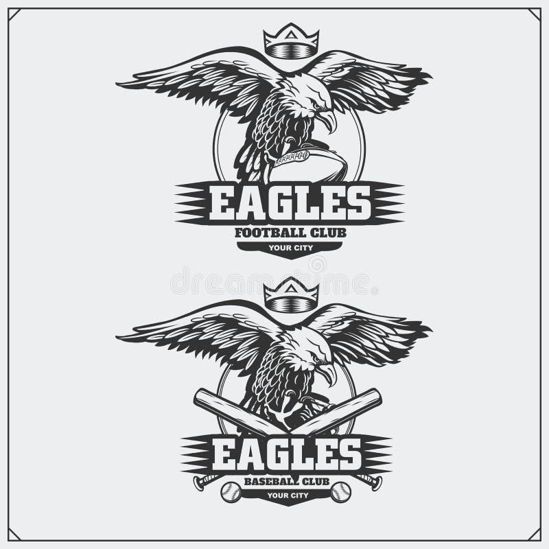 Futebol e logotipos e etiquetas do basebol Emblemas do clube de esporte com águia ilustração do vetor