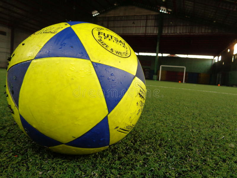 futsal Ball lizenzfreie stockfotos