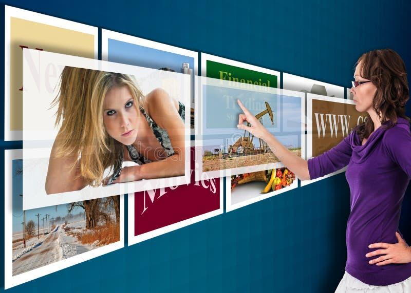 Futur écran tactile de technologie photos stock