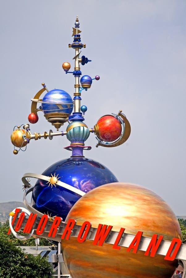 Futuristisch beeldhouwwerk, Hong Kong Disneyland stock afbeelding