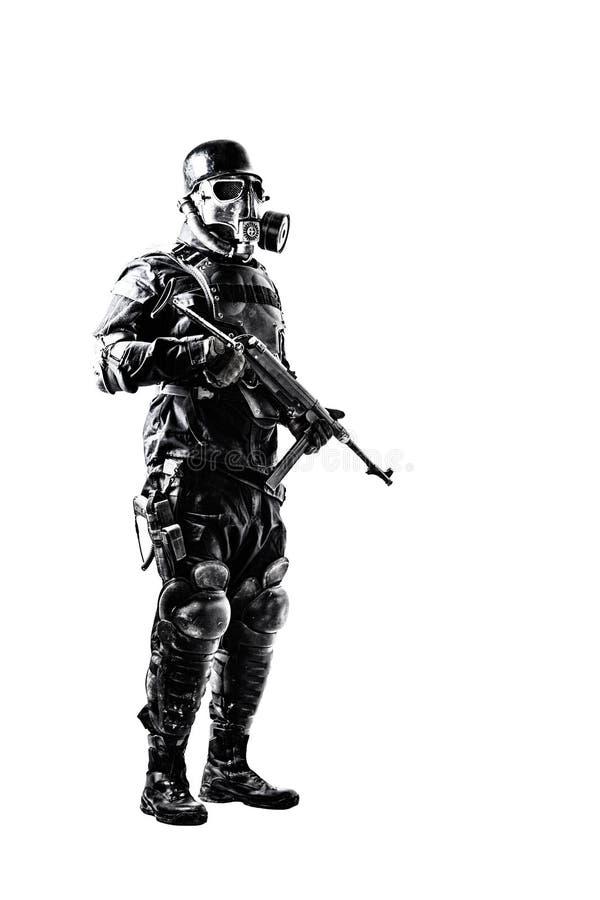 Futuristische nazi militair met schmeisser royalty-vrije stock foto