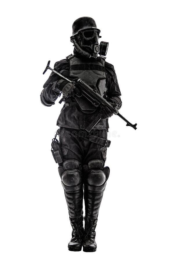 Futuristische nazi militairschildwacht stock foto
