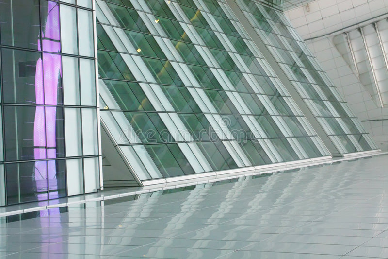Futuristischer Gebäude-Auszug stockfoto