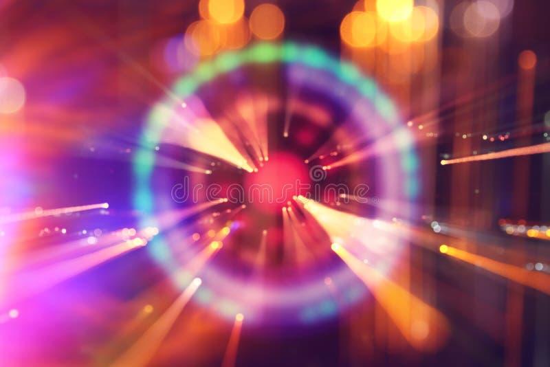 futuristisk bakgrund för abstrakt science Lens signalljus begreppsbild av utrymme- eller tidloppet över ljusa ljus arkivfoton