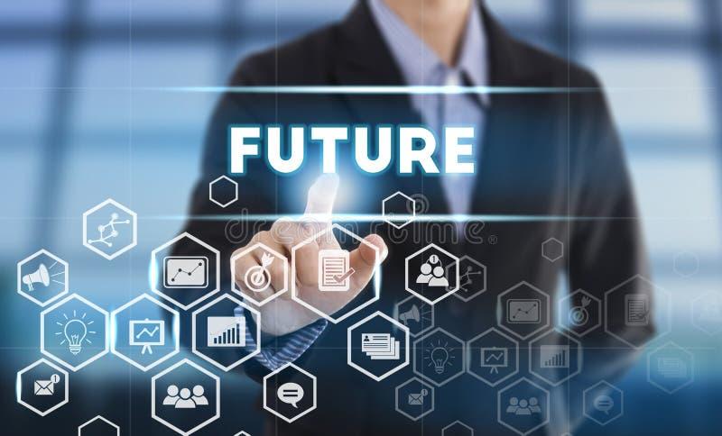 Futuro do botão da pressão de mão do homem de negócios sinal na tela virtual fotos de stock royalty free
