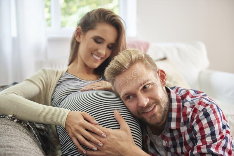 Futurs parents photographie stock