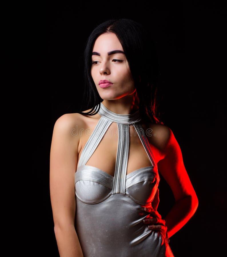 Futurystyczny pojęcie Dziewczyny ciała atrakcyjnej szczupłej odzieży futurystyczna bielizna Damy odzieży statku kosmicznego sekso fotografia stock