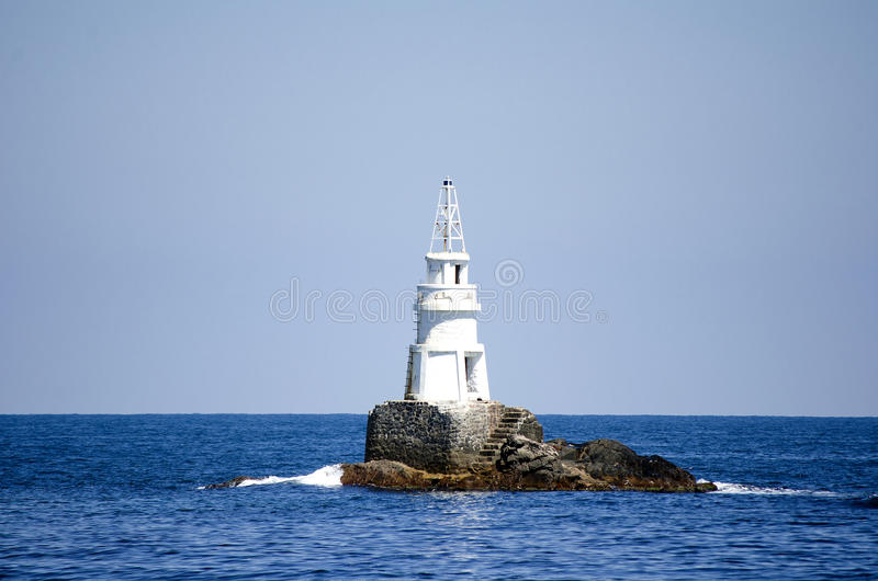 Fyr i Black Sea royaltyfri fotografi