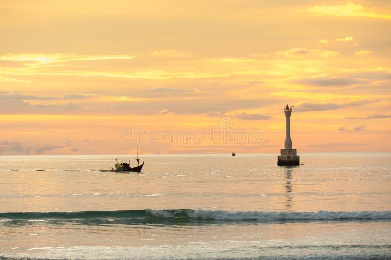 Fyr i havet royaltyfria foton