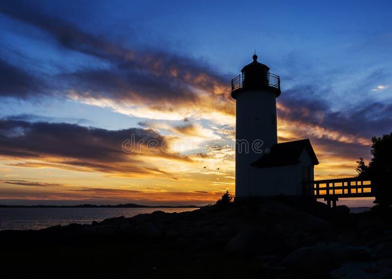 Fyr På Solnedgången Arkivfoto
