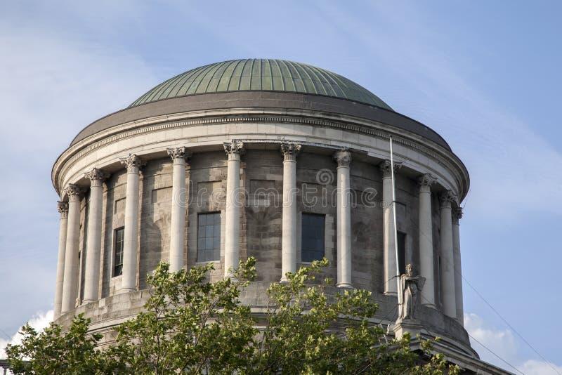 Fyra domstolar som bygger, Dublin royaltyfria bilder