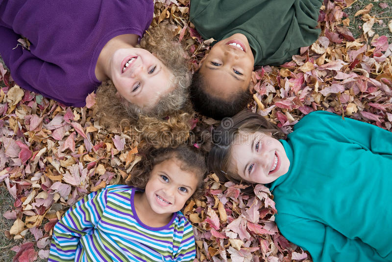 fyra flickor arkivbilder