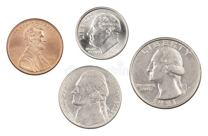 Fyra mest gemensamt använda amerikanska mynt som isoleras på vit bakgrund royaltyfria bilder
