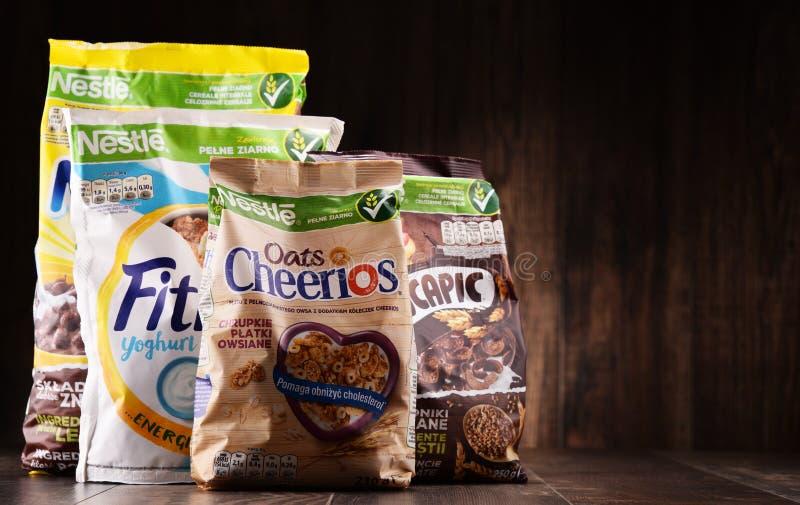 Fyra packar av Nestle frukostsädesslag royaltyfri fotografi